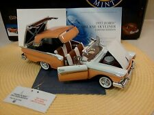 FRANKLIN MINT 1957 FORD FAIRLANE SKYLINER..1:24..RARE LE..NIB..UNDISPLAYED..NEW
