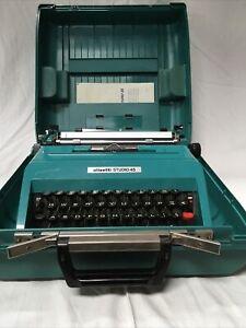 TYPEWRITER PORTABLE VINTAGE OLIVETTI STUDIO 45 MANUAL PORTABLE WITH CASE