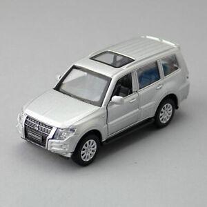 1:43 Mitsubishi Pajero 4WD SUV Model Car Diecast Toy Vehicle Pull Back Silver