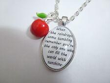 Blancanieves Sunshine cita & Esmalte del Encanto de Plata Oval Colgante Collar De Apple