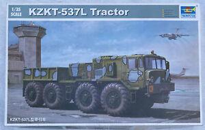 1/35 MAZ/KZKT537L Soviet Cargo Truck