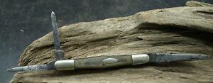 ANTIQUE BEST STEEL THREE BLADE POCKET KNIFE COKE BOTTLE WOOD HANDLE (E1)