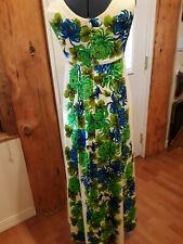 Beautiful Vintage 1960 UI Maikai made in Hawaii Aloha Hibiscus Plume Dress
