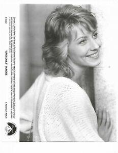 8 x 10 Original Photo Linda Kozlowski in Crocodile Dundee 1986