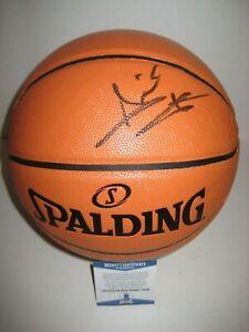 ISIAH THOMAS (Detroit Pistons) Signed Spalding BASKETBALL w/ Beckett COA