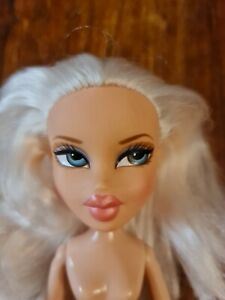 Bratz Doll - Stylin Cloe 2nd Edition - Doll Only