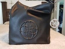 Black guess bag brand new without tags in Perfect condition.