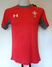 WALES RUGBY S/S RED TRAINING JERSEY BY UNDER ARMOUR SIZE MEN'S LARGE BRAND NEW