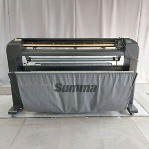 SUMMA S120 T SERIES Vinyl Cutter Great Condition