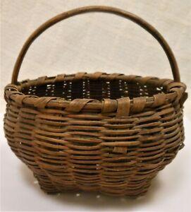 Good Antique American Miniature Handled Basket