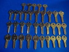 LOT OF 35 MOST POPULAR KEY BLANKS HOME AND OFFICE KWIKSET SCHLAGE ARROW YALE USA