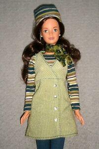 VINTAGE 1999 CORDUROY COOL TERESA Doll BRUNETTE ~ DRESSED in ORIGINAL OUTFIT