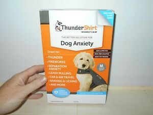 THUNDER SHIRT DOG SIZE MEDIUM SOLID GRAY COLOR IN ORIGINAL BOX