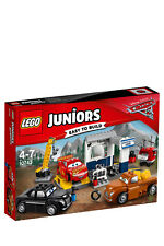 Lego Juniors Cars 3 Smokey's Garage 10743