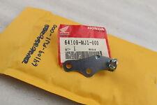 84-86 HONDA NIGHTHAWK 700S OEM LEFT FRONT COWLING BRACKET 64109-MJ1-000