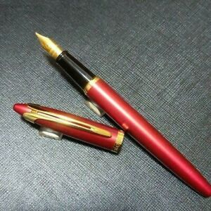 Waterman Ishiera fountain pen red x gold color F cap type KH09126