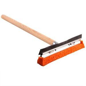 Scheibenwascher 20cm mit Holzgriff 40cm und Gummikante