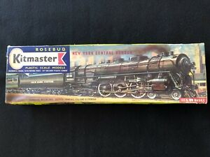 Rosebud Kitmaster New York Central Hudson Locomotive and Coal Car, Kit No. 34
