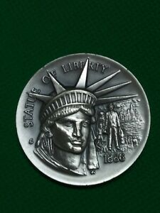 Longines Symphonette Sterling Silver Medal - STATUE OF LIBERTY