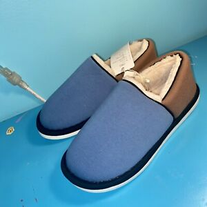 Posee Slippers Size 8.5/9 41/42