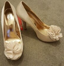 Ivory Satin Wedding Court Shoes Size 5 BRAND NEW With Tags