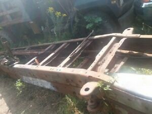 """99-04 FORD F450 F550 CAB CHASSIS BARE FRAME 201"""" WB"""