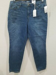 STYLE & CO Women's PLUS Size 18W Skinny Curvy Fit Jean's**Mid Rise**Blue**NWT**