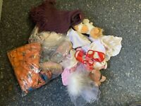Puppenkleidung Konvolut. Siehe Fotos