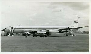 N765TW Boeing B707 TWA Trans World Airlines vintage B&W photo