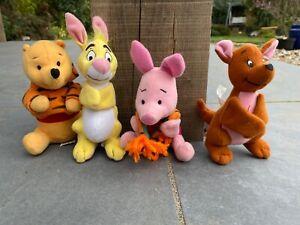 Macdonalds happy meal toys, Winnie the Pooh, Piglett.+ Friends