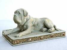 Figürlicher Briefbeschwerer aus Keramik, liebenswerte Dogge,  H. 9 cm.   (D15)
