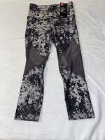 Under Armour Women's Heat Gear Leggings Size XS Capri Compression MSRP $45