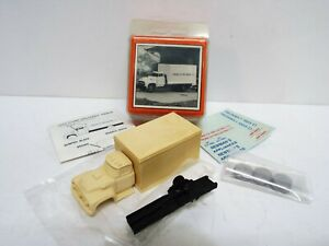 RARE MAGNUSON MODELS 56 FORD DELIVERY TRUCK HO/OO SCALE BOXED (HO18)