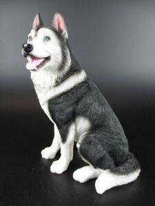Husky Hund Dog Figur aus Poly,15 cm ,sehr echt aussehend,Neu