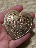 Vintage Estate Gold Tone Heart Monogram Pin Brooch Open Scroll