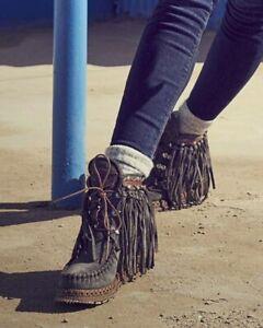 EL VAQUERO Grace Silverstone Whisper Grey Hidden Wedge Moccasin Leather Boots