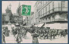 CARTE POSTALE - 31 - VUE SUR LA PLACE DES CARMES à TOULOUSE - 046