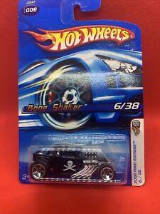 Hot Wheels Bone Shaker 6/38 2006 Black First Editions Long Card RARE 5SP WHEELS
