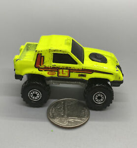1984 Hot Wheels Gulch Stepper #15 Neon Green 1:64, Vintage, Made In Malaysia
