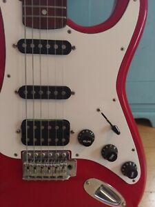 Stratocaster wie neu e-gitarre gebraucht rot