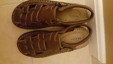 Nwot Boys Arizona Jean Co. Dark Brown Sandal Shoe size 6M