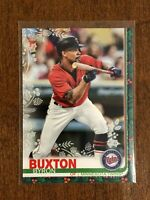 2019 Topps Walmart Holiday Baseball Metallic - Byron Buxton - Minnesota Twins