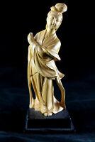 Ancienne statuette chinoise en bois de buis sculpté
