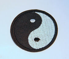 YING AND YANG YIN YAN CHINESE SYMBOL BLACK WHITE SOW SEW IRON ON PATCH BADGE 015