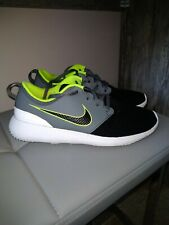 Mens Nike Golf Shoes size 7