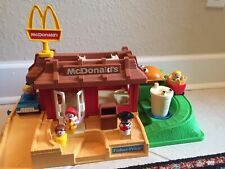 NEW BOX Vintage 1989 Fisher Price Little People McDonalds Restaurant Set 2552