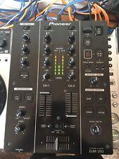 Pioneer Djm 350, solo uso en estudio, totalmente funcional USB, REC.