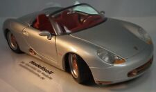 PORSCHE BOXSTER CABRIOLET on a Scale of 1:18 by Maisto