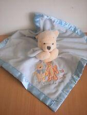 Doudou Winnie disney plat couverture bleue liseret satin