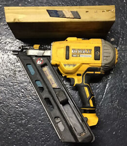 DEWALT DCN692N XR 18v 90mm Brushless Framing Nailer Type 3